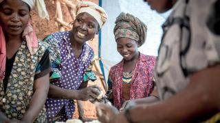 Breadmaking class in Birava, DRC. Credit Ryan Carter