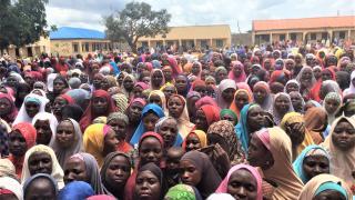 Crowd of Women for Women International programme enrolees in Bauchi, Nigeria. Photo: Women for Women International
